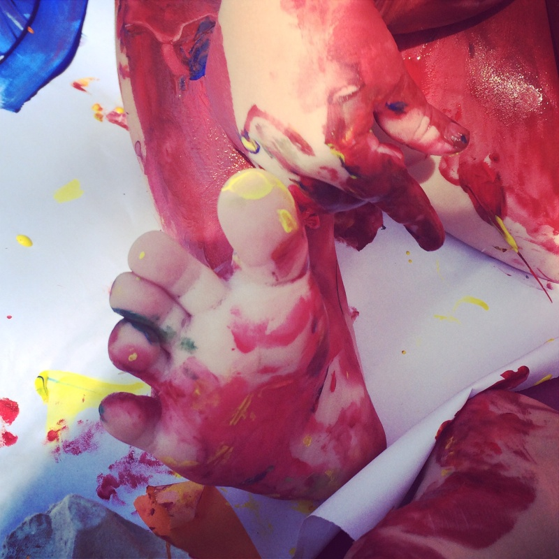 Toe paints for tots